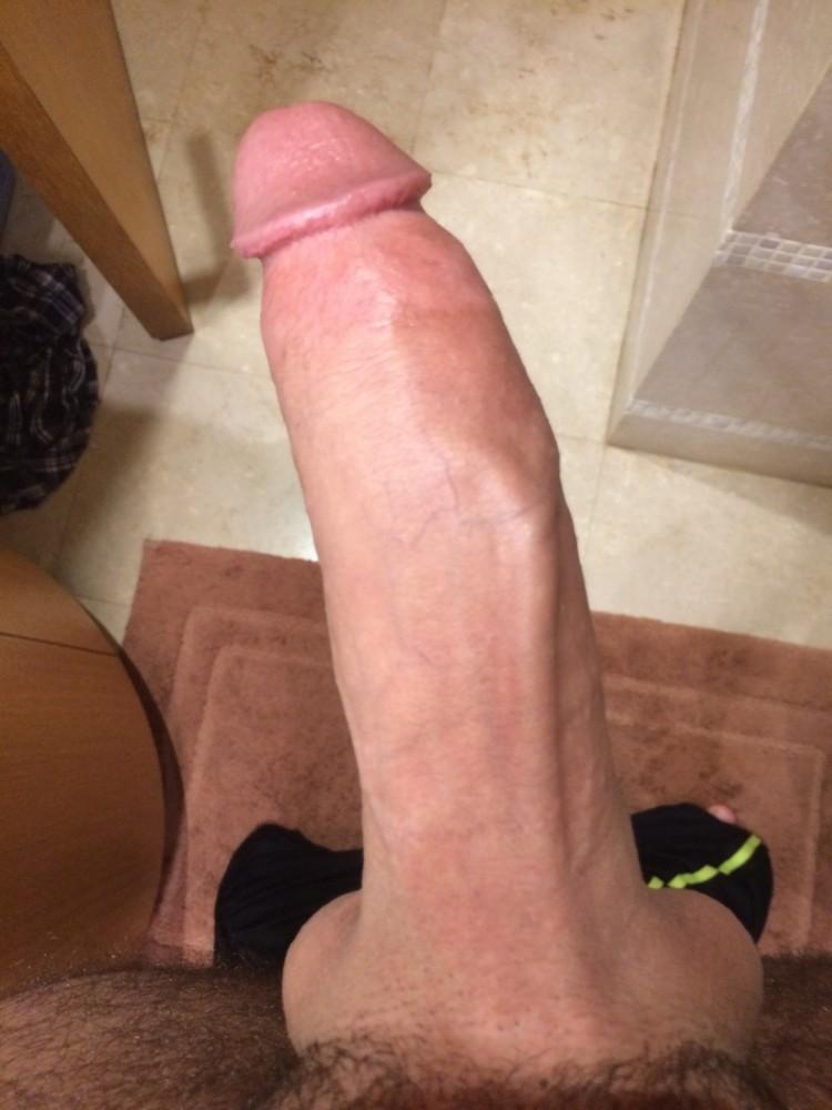 Kijk deze lekkere besneden paal eens